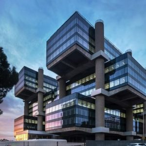1-Edificio-Los-Cubos-Cushman-Wakefield-alquiler-oficinas-719x397