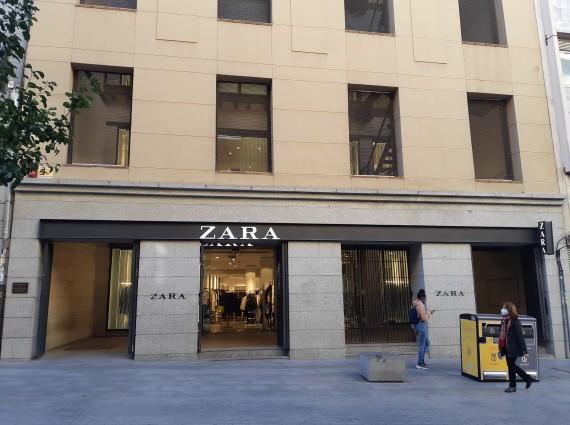 Local comercial en alquiler en Carretas 6, Madrid Centro