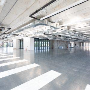 Alquiler-edificio-de-oficinas-en-Madrid-Nuevo-Norte-Polaris-nueva-construccion-lobby-Cushman-O