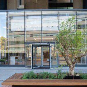 Edificio-Los-Cubos-alquiler-de-oficinas-Madrid-terrazas-Cushman-4-Large-750x397