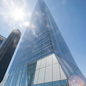 Oficinas_fachada2_torrecristal_madrid_cushman-1