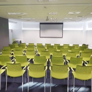 oficinas-auditorio-vallsolanagardenbusinesspark-cushman-barcelona
