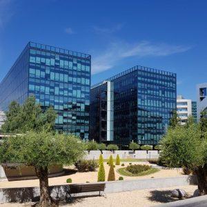 oficinas-campodelasnaciones-fachada4-cushman-madrid-2