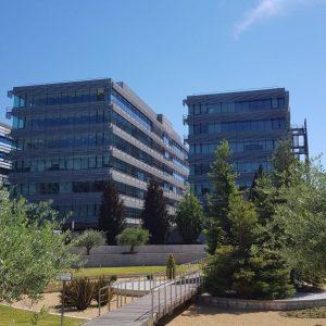 oficinas-campodelasnaciones-fachada4-cushman-madrid