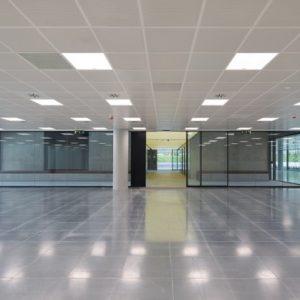 oficinas-exterior2-nanclaresdeoca5-cushwake-madrid-1024x419