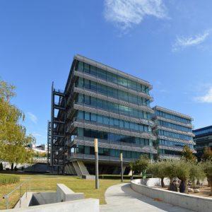 oficinas-exterior2-viadelospoblados3ONIC5&6-cushwake-madrid