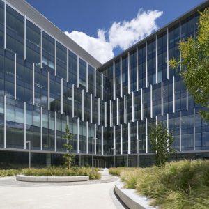 oficinas-exterior5-rio55-cushwake-madrid.jpg-859x1024