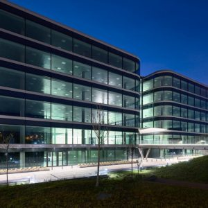 oficinas-fachada-nanclaresdeoca5-cushwake-madrid-1024x662