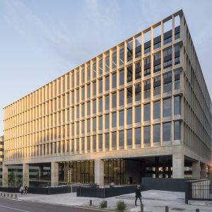 oficinas-fachada1-manoteras12-cushman-madrid