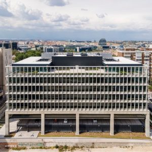 oficinas-fachada2-manoteras12-cushman-madrid