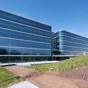 oficinas-fachada4-nanclaresdeoca5-cushwake-madrid-1024x851