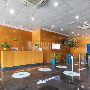 oficinas-hall-vallsolana-cushman-barcelona
