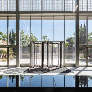 oficinas-hall3-ribera-loria-cushman-madrid