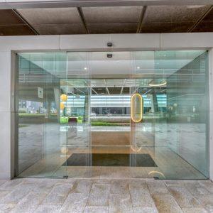 oficinas-hall3-viadelospoblados3ONIC5&6-cushwake-madrid