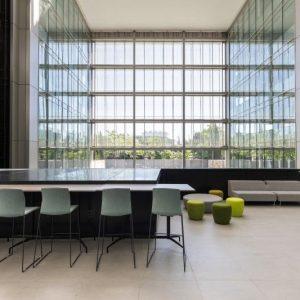 oficinas-hall5-ribera-loria-cushman-madrid