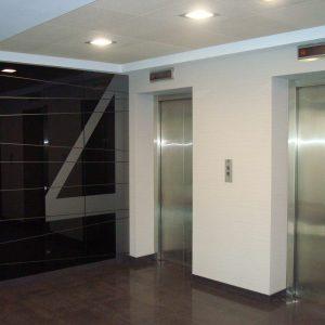oficinas-hall6-paseodelacastellana42-cushman-madrid-scaled-1