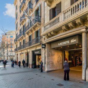 Local_PG_51_L1_barcelona_Highs_Street-1