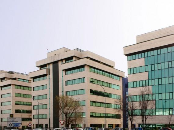 Alquiler de oficinas en CENTRO DE NEGOCIOS EISENHOWER – AVENIDA SUR DEL AEROPUERTO DE BARAJAS 28- 32