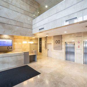 Oficinas-hall1-Av del Sur del Aeropuerto de Barajas-cushman-Madrid