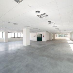 Oficinas-interior-Av del Sur del Aeropuerto de Barajas-cushman-Madrid