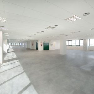 Oficinas-interior1-Av del Sur del Aeropuerto de Barajas-cushman-Madrid