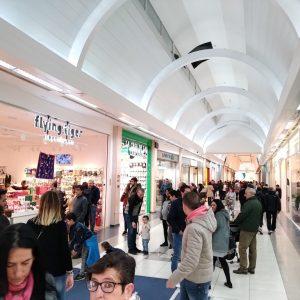 locales-centro-comercial-ruta-de-la-plata 1