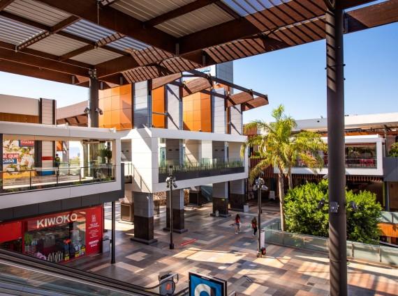 Locales en Alquiler en Centro Comercial Thader