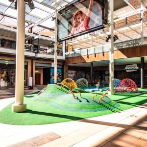 locales-centro-comercial-thader 2