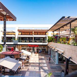 locales-centro-comercial-thader 4