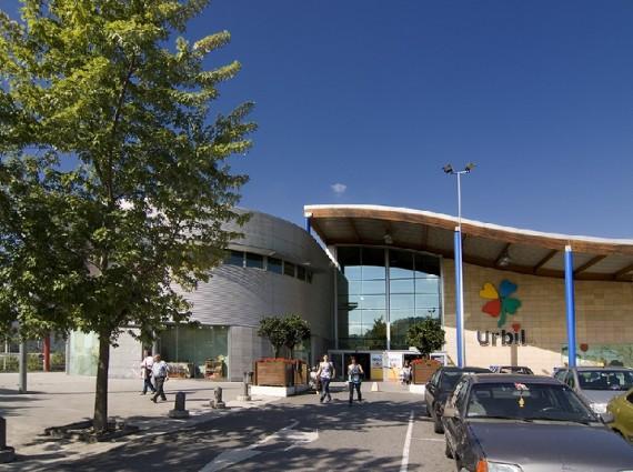 Locales en Alquiler en Centro Comercial Urbil