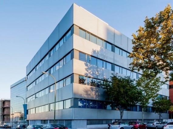 Alquiler de oficinas en Calle de Albasanz 12