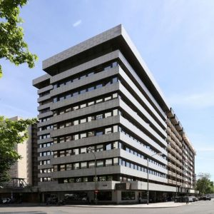 Oficinas-fachada-Orense-70-cushman-Madrid