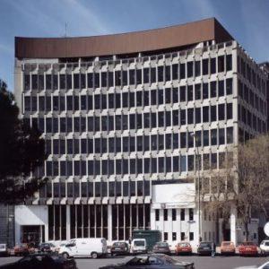 Oficinas-fachada-Plaza-Marqués-de-Salamanca-3-4-cushman-Madrid