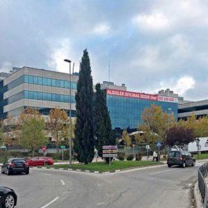Oficinas_fachada_Avenida-de-la-Vega-1_cushman_Madrid-e