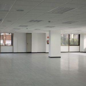 Oficinas_interior_Avenida-de-Burgos-12_cushman_Madrid-e1532946096468