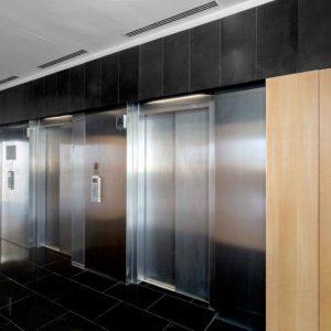 oficinas-Esplugues-vestibulo-Cushman