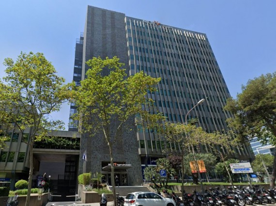 Alquiler de oficinas en Carrer d' Entença 319