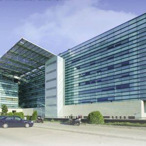 oficinas-fachada-mariatubau9-cushman-madrid