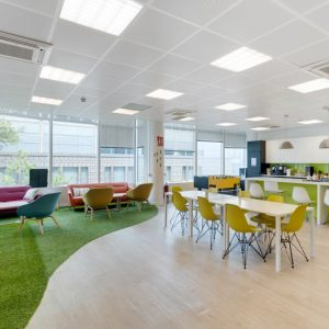 oficinas-sala1-bluebuilding-cushman-barcelona