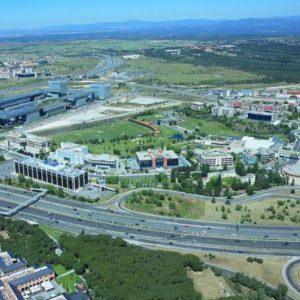 oficinas_vista-aérea_avenida-de-europa4_cushman_madrid-e1532935371308
