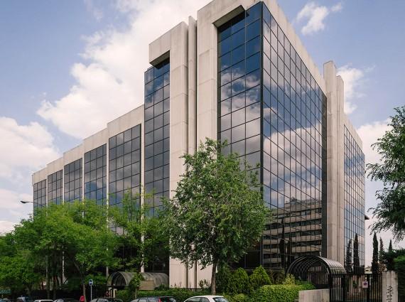 Alquiler de oficinas en Calle de Ulises 16-18