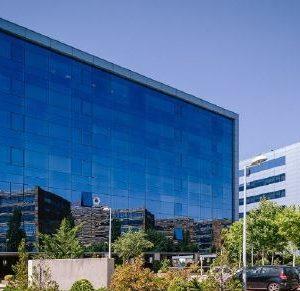 oficinas-fachada-federico mompou5-cushman-madrid