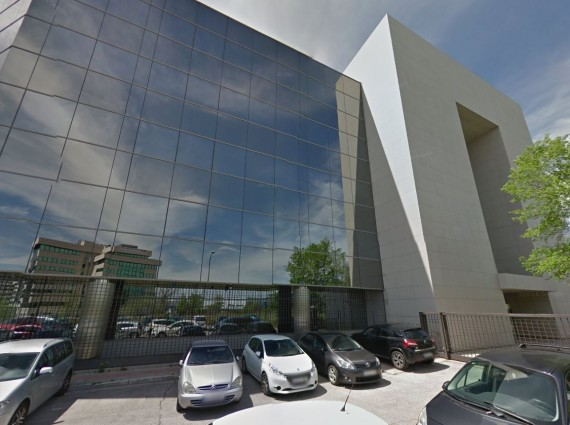 Alquiler de oficinas en P.E. PLATINUM   Calle Trespaderne 10