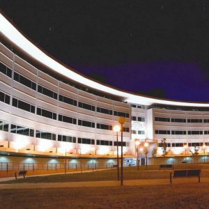 oficinas-fachada1-plazadelaencina-cushman-madrid
