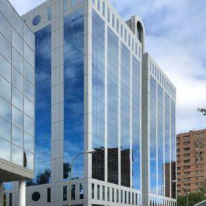 oficinas-fachada2-josebarbasanobaos9-cushman-madrid
