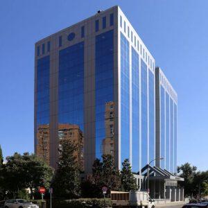 oficinas-fachada3-josebarbasanobaos9-cushman-madrid