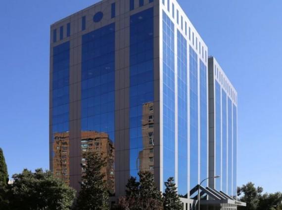 Alquiler de oficinas en Edificio Gorbea III | Calle de José Bardasano Baos 9