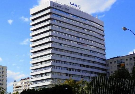 Alquiler de oficinas en EUROCENTRO | Calle del Poeta Joan Maragall 1