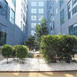 oficinas-fachada1-fredericmompou4B-cushman-barcelona