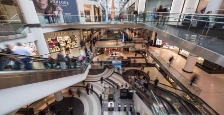 Cuánto cuesta alquilar un espacio en un centro comercial